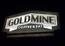 Goldmine Coffee & Eat Malang